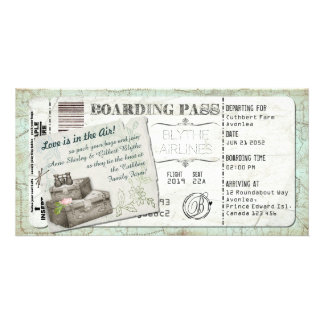 Convite da passagem de embarque da mala de viagem