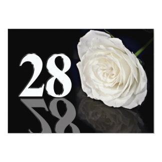 Convite de aniversário 28 anos velho