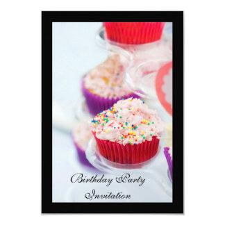 Convite de aniversário (cupcake na capa)