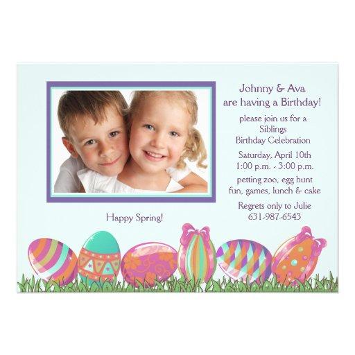 Convite de aniversário da foto de março do ovo da