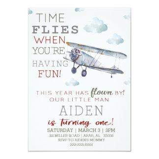 Convite de aniversário do avião