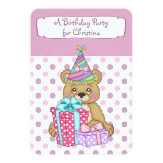 Convite de aniversário do urso de Polkadot da