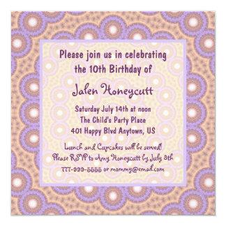 Convite de aniversário dos círculos do pêssego &