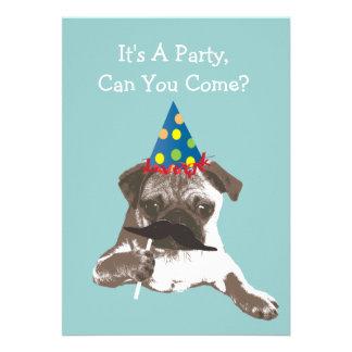 Convite de aniversário engraçado do Pug do bigode