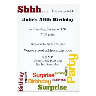Convite de aniversário moderno da surpresa