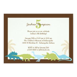 Convite de aniversário querido dos dinossauros