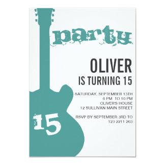 Convite de aniversário - silhueta azul da guitarra