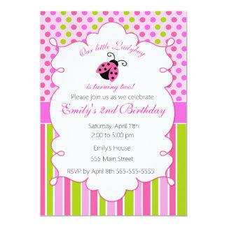 Convite de aniversário verde cor-de-rosa da menina