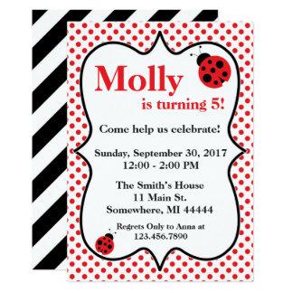 Convite de aniversário vermelho do joaninha de