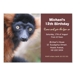 Convite de aniversário vermelho do Lemur de Ruffed