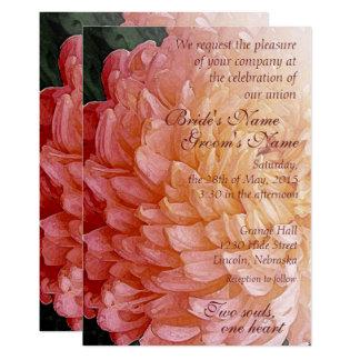 Convite de casamento cor-de-rosa 2 do crisântemo convite 12.7 x 17.78cm