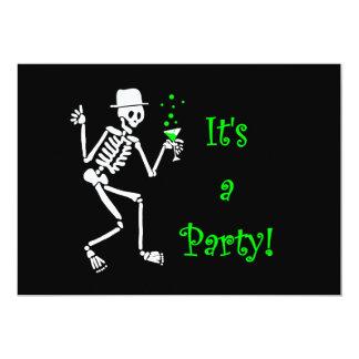 Convite de esqueleto do Dia das Bruxas do partido