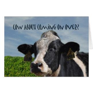 Convite de festas cómico engraçado da vaca