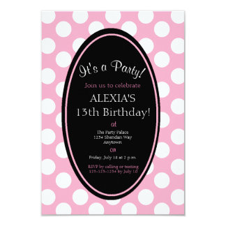 Convite de festas cor-de-rosa personalizado das