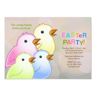 Convite de festas da páscoa da família do pintinho