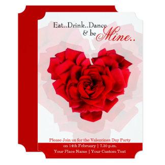 Convite de festas dado forma coração dos namorados