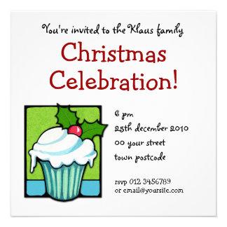 Convite de festas do cupcake do azevinho do Natal