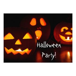 Convite de festas do Dia das Bruxas da lanterna de