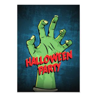 Convite de festas do Dia das Bruxas da mão do