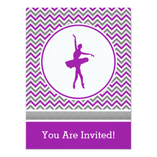 Convite de festas roxo do dançarino de Chevron Convite 16.51 X 22.22cm