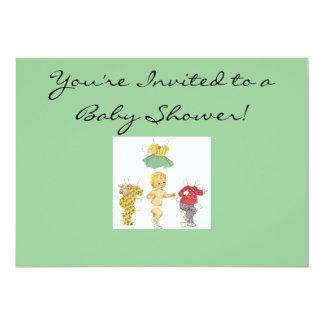 Convite de papel do chá de fraldas da boneca