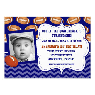 Convite do aniversário da foto do futebol dos miúd