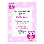 Convite do aniversário das crianças cor-de-rosa da