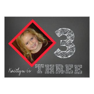 Convite do aniversário de 3 anos da foto do quadro