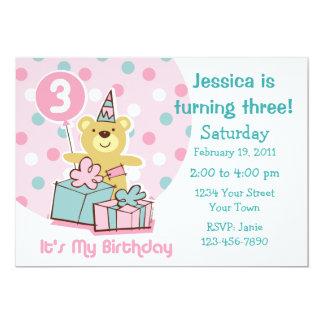 Convite do aniversário de 3 anos do urso de