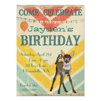 Convite do aniversário de Chevron da jovem corça &