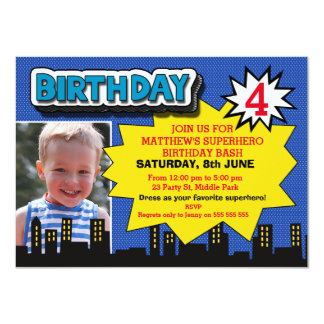Convite do aniversário do super-herói da foto dos