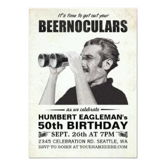 Convite do aniversário do vintage de Beernoculars