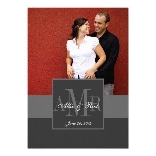 Convite do casamento da foto do casal do monograma