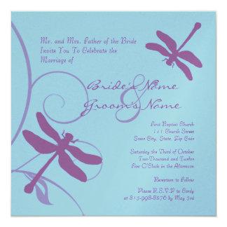Convite do casamento da libélula da pervinca