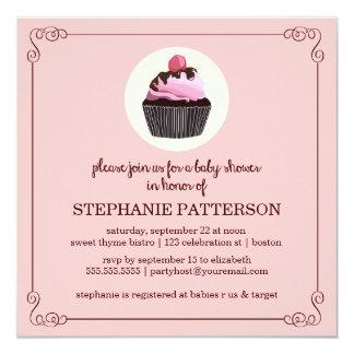 Convite do chá de fraldas da menina do cupcake do