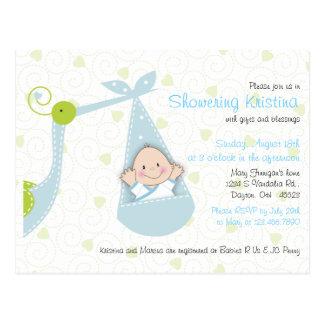 Convite do chá de fraldas para o bebé com cegonha cartão postal