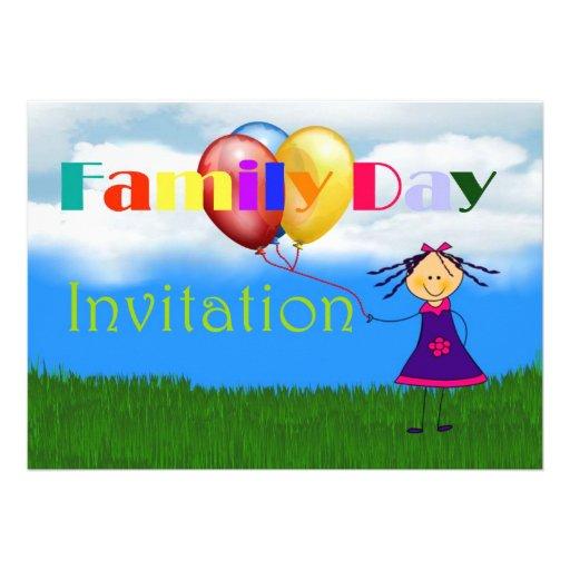 Convite do dia da família com a menina que guardar