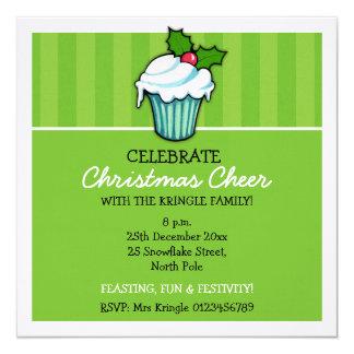 Convite do Natal do verde do cupcake do azevinho