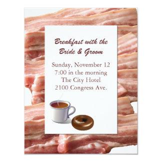 Convite do pequeno almoço do casamento do bacon do
