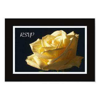 Convite do rosa amarelo RSVP