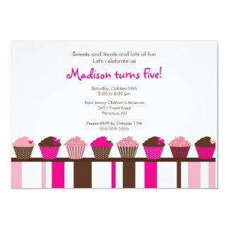 Convite doce do aniversário dos cupcakes