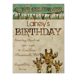 Convite dourado do aniversário dos girafas do