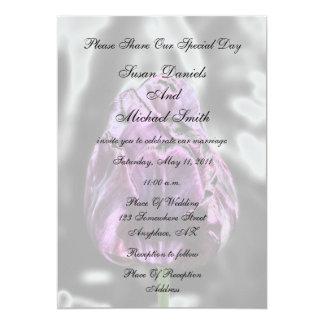 Convite elegante do casamento da flor da tulipa