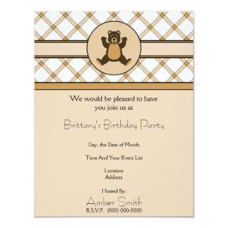 Convite feliz da xadrez de Tan do urso de Brown