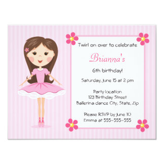 Convite feminino bonito do aniversário da