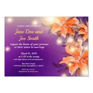 Convite floral alaranjado e roxo do casamento