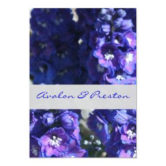 Convite floral azul & roxo brilhante do casamento convite 12.7 x 17.78cm
