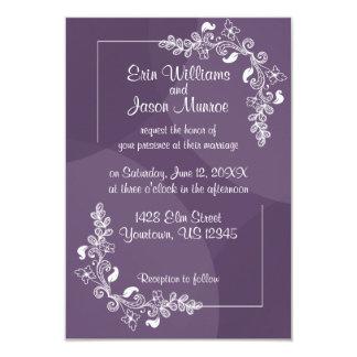 Convite floral branco roxo do casamento