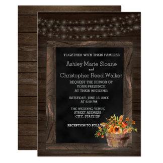 Convite floral do casamento do quadro de madeira