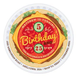 Convite grande do aniversário do hamburguer